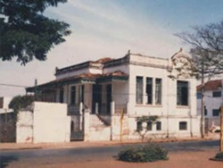 Av. 13 nº 557 (14 x 16) primeira sede – imóvel alugado